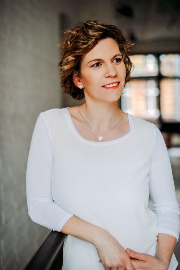 Ihre Wegbegleiterin Dr. Kati Dürrenfeld